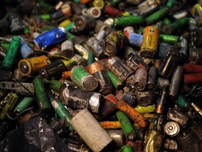 Contaminación por pilas y baterías
